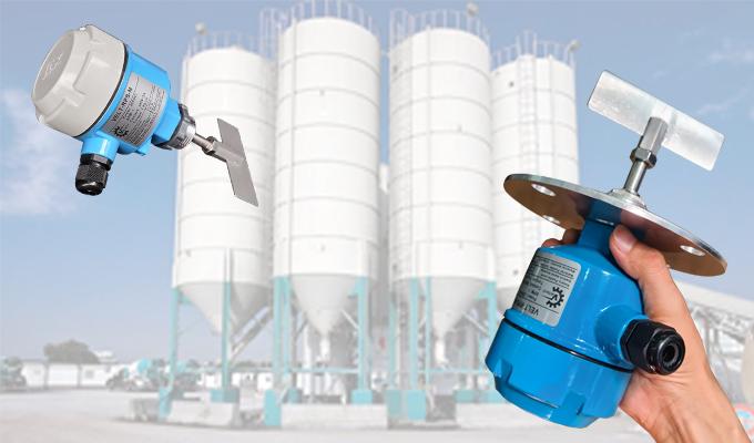 Cảm biến báo mức hạt nhựa bồn silo